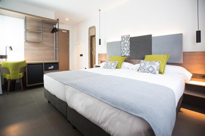 hotel tres cantos urbana cama